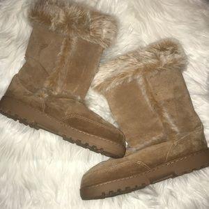 Shoes - Fur boots